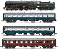 R3607 The 15 Guinea Special Train Pack (1)